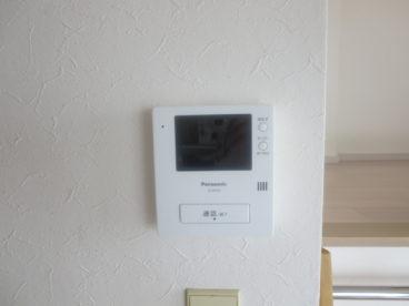 テレビモニタ付きインターホンでセキュリティー的にも安心