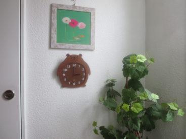 廊下にはお洒落な雰囲気の絵画が。素敵じゃない?