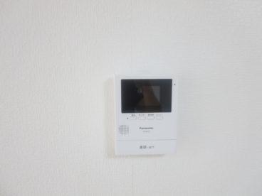 テレビモニタ付きインターフォンで防犯面も安心