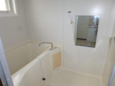 浴室は単独タイプ