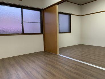 洋室は掃除がしやすいので、清潔に保ちやすいですね^^