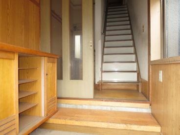 玄関には靴箱あり。一軒家のようにつかえますね!