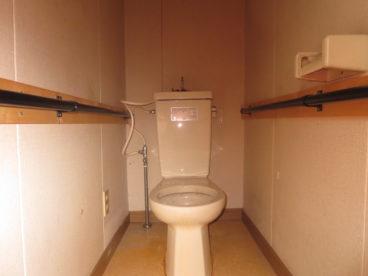 トイレは洋式ですよ。