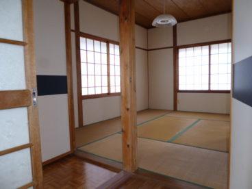 和室のお部屋も2部屋あります。