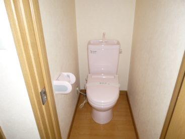 トイレは風呂とは別の洋式!